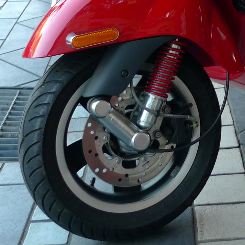 Front shock 4 Vespa GTS - Scooter Community, Everything