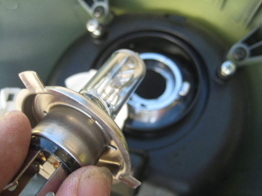 Replacing A Headlight Bulb In A Vespa Gts Scooter