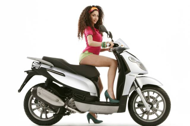 Piaggio Carnaby 125 250 - Scooter Community, Everything about ...