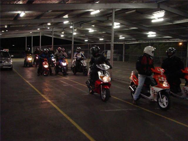Scooter HQ Track Night Willowbank