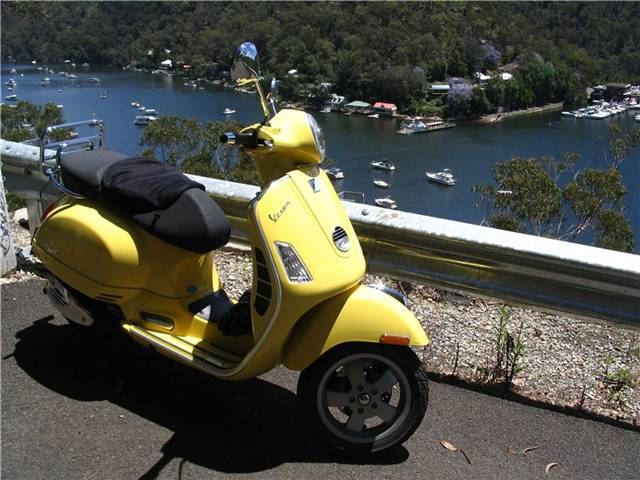 Phat Vespa on the road down to Berowra Waters Ferry