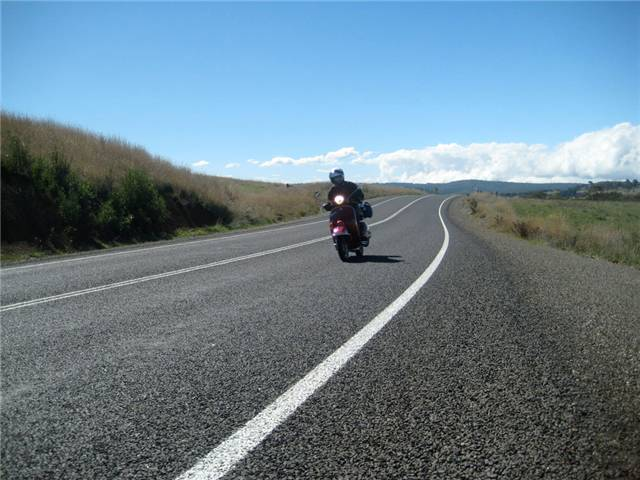 Petes PX caning it on the Talagra Rd on the way to Canberra